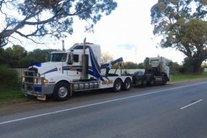 truck-22-old-school-lifting