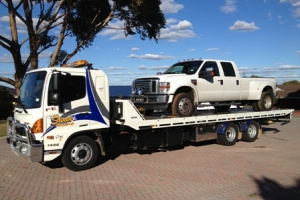 swan-towing-truck-7-f250-dual-cab
