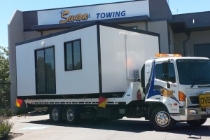 swan-towing-tilt-tray-donga